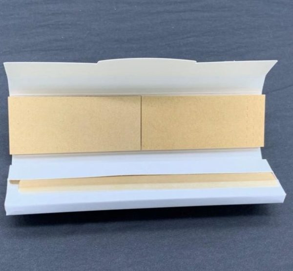 Papers with filter tips tab enclosure